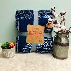 Berkshire Decorative Blanket (PM_B51)